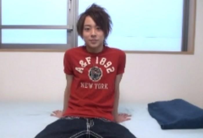 東京美男 8 スリ筋ボディのチェリーボーイが男フェラに衝撃を受け目をトロンとさせ感じまくる
